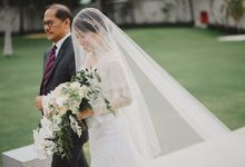 The Royal Santrian Wedding of Nindy and Christopher by Vicario Bride