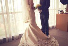 THE WEDDING OF EDISON & SONIA / 26.10.14 / SEASONS CITY BALLROOM, JAKARTA by AS2 Wedding Organizer