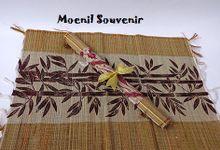 Souvenir Unik dan Murah by Moenil Souvenir
