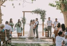 Sarah and Ethan - Wedding at Hai Tide Beach Resort Nusa Lembongan by Hai Tide Weddings