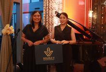 Fine Dinning Intimate entertainment wedding at Alto Restaurant Four Seasons Jakarta - Double V Entertainment by Double V Entertainment