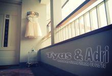 Tyas & Adri by Kapal Impian Fotografi