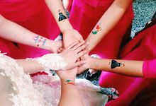 Tattos for bridesmaids by Kelly's Wrapping Paper
