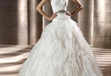 Wedding gown ready stocks by De Reina Bridal