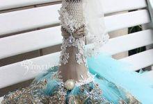 Luxurious Wedding Stuff - The Royal Peacock Garden by Myrtle - The Wedding Essentials