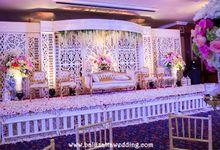Indoor Decoration Wedding in Bali by Bali Izatta Wedding Planner & Wedding Florist Decorator