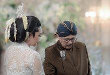 Ade & Kharisma Akad Nikah by Reynard Karman Photography