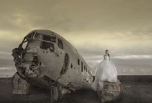 a glimpse of our destination pre wedding shoot by Alextan Artworks