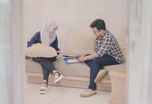 Astri & Fiqri Prewedding by AKSA Creative