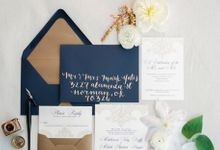 City Chic Navy & Gold Wedding by Amanda Watson Photography
