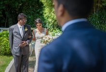 Wedding at the White Rabbit Restaurant by GrizzyPix Photography