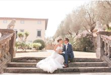 Al Fresco wedding with symbolic ceremony in a beautiful villa in Tuscany by PURE wedding photography