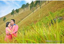 Prewedding Andreas & Ester by TWENTY PhotoGraphis