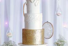 Fondant Cakes -tradition by Chloe Kerr Cake