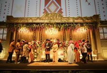 Modern Mandailing Wedding with Video Mapping by Sentra Bunga Decor