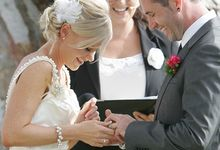 Lighthearted and modern wedding ceremonies by Camille Abbott - Marriage Celebrant