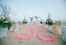 Your  Dream Wedding in Bali at The Beachfront by Prama Sanur Beach Bali