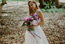 Botanic Gardens Engagement Shoot by Fleurish Floral Design