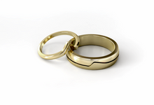 Decouer wedding ring by Reine