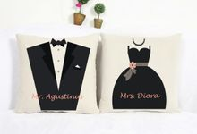 Bantal Sofa dekorasi wedding Bride and Groom by Dior Gift