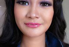 Makeup for Yunita by mellyna make up artis