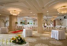 Timeless Wedding Celebration at York Hotel Singapore by York Hotel Singapore