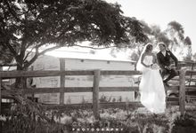 Country Weddings by Creek Street Photography