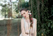 Casual Boho Bridal Session by Rebecca Ou Photography