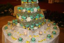 Tosca Wedding Cupcakes by Diana's Kitchen