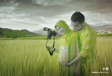 Pregnancy Nelly And Igor by Mangkuto Rajo Art Gallery