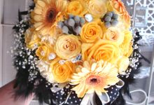 The Swan Princess bouquet series by Roy Bouquet
