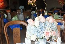 Chinoiserie Blue Themed Engagement by La Bloom Florist