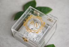 Wedding Ring Box Lace & Pearl by NINbox.box