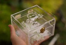 Wedding Ring Box with Feather by NINbox.box