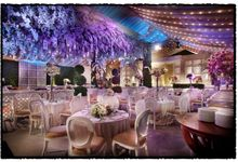 Beautiful Wedding Light from Angie & Don by Etcetera Lighting