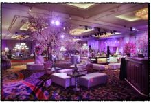 Beautiful Wedding Light of Martin & Karsilia by Etcetera Lighting