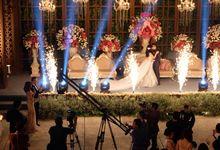 Reyner & Fenfiana Wedding Reception by DAVE HENDRIK
