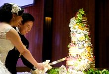 HARYO - PUTRI WEDDING CAKE by Ruston Patisserie