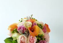 Tropical Blush Beach Bouquet by Il Fiore