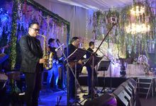 Nyoy Volante and Mikkie Bradshaw Wedding by SKYLIGHT