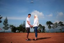 PREWEDDING DEWI& ANDHIKA by RQ Photography