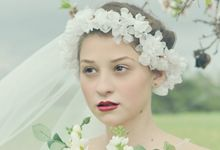 Exclusive bridal hair accessories for new season by Weddingbliss