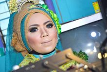 moslem wedding by yuli rias pengantin