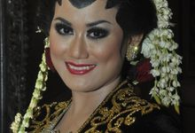 traditional make up by Art of makeup akika