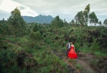Heri & Monica Prewedding by Mexious Photography