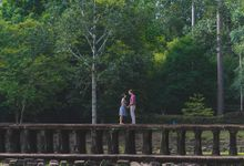 Engagement couple portrait - Christin and Tristan by Vincent Lee Photography