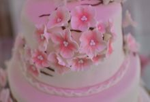 Japaneese cherry blossom inspired cake by Lemonicafe & Restaurant Boracay