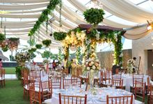 Wedding Dinner Christian & Elvina by The Royal Santrian Luxury Beach Villa