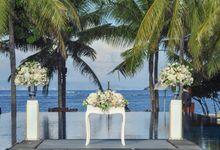 Wedding & Dinner of Joey and Vanessa by The Royal Santrian Luxury Beach Villa