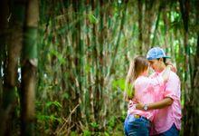 Prewedding Gede Adi & Dek In by PixelLate Photography